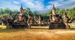 laos-palais-statues-bouddhas