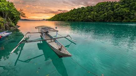 indonesie-sulawesi-ile-togean-pirogues