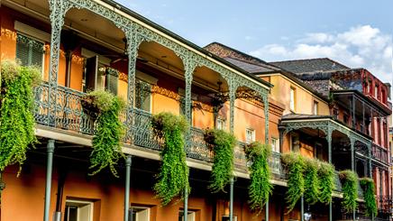 Maisonnette balcon forge